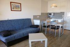 Apartament en Empuriabrava - 0016-BAHIA Apartament davant de la platja amb wifi