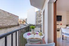 Apartament en Rosas / Roses - 2009-AV DE RHODE Apartament amb wifi a prop de la platja