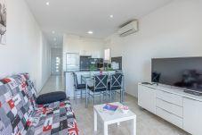 Апартаменты на Эмпуриабра / Empuriabrava - 0015-BAHIA квартира напротив пляжа с беспроводным доступом в Интернет